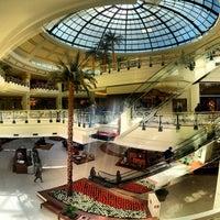 Foto tirada no(a) Shopping Iguatemi por F. C. N. em 7/19/2012