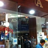 Photo taken at Librería Antartica by Marcos Minoru H. on 3/31/2012