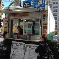 Photo taken at E-San Thai Food Cart by Ilya B. on 4/21/2012