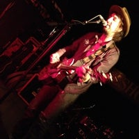 Photo taken at Horseshoe Tavern by Andrew (. on 3/23/2012