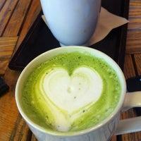 Photo taken at HOUSE Coffee by Hong L. on 2/12/2012