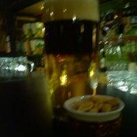 รูปภาพถ่ายที่ Macska โดย Daniel T. เมื่อ 3/27/2012