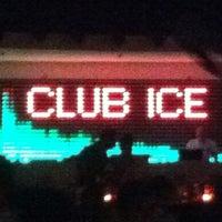 รูปภาพถ่ายที่ Ice Club & VIP Lounge โดย Taygun H. เมื่อ 8/3/2012