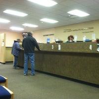 Снимок сделан в Erie County Auto Bureau (NYS DMV) пользователем Matt M. 4/3/2012
