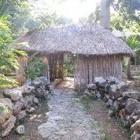 Foto tomada en Museo de la Cultura Maya por Luis V. el 9/7/2012