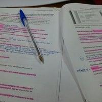 Foto diambil di Biblioteca General oleh carolina j. pada 6/2/2012