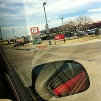 Foto scattata a QuikTrip da Alex D. il 2/24/2012
