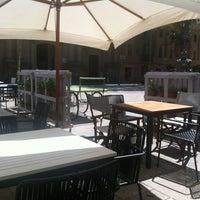 Foto tomada en L'Ostia por Adrian G. el 8/4/2012