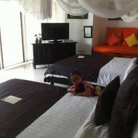 Photo taken at Dhevan Dara Resort & Spa by Ignacio H. on 6/9/2012