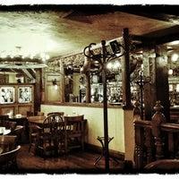 Снимок сделан в Молли Гвиннз Паб / Molly Gwynn's Pub пользователем Vadim S. 7/30/2012