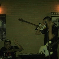 Foto tomada en Blues On The Rocks  por Fernando B. el 9/7/2012