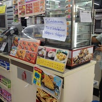 Photo taken at 7-Eleven by Namtarn A. on 3/16/2012