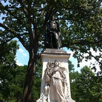 Photo taken at Franklin Square Park by Fernando H. on 6/10/2012