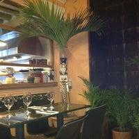 Foto tomada en Restaurante Oh! La La por Juan Carlos D. el 5/21/2012
