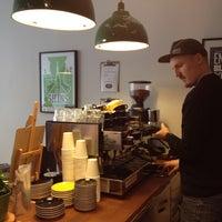 4/18/2012 tarihinde Inniziyaretçi tarafından Good Life Coffee'de çekilen fotoğraf