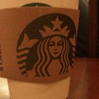 4/14/2012 tarihinde 🌙hanziyaretçi tarafından Starbucks'de çekilen fotoğraf