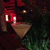 Foto tomada en Thai Lounge por Gabriela L. el 7/9/2012