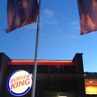 Photo taken at Burger King by Oliver O. on 7/17/2012