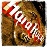 Photo taken at Hard Rock Cafe Caracas by Leopoldo N. on 7/15/2012