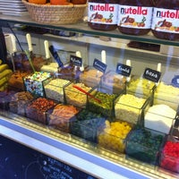 9/4/2012 tarihinde Remzi Y.ziyaretçi tarafından Waffle Port'de çekilen fotoğraf