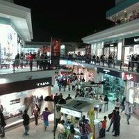 Foto tomada en CC Plaza San Miguel por Eduardo T. el 5/6/2012