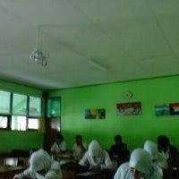 Photo taken at SMA Negeri 2 Cibinong by Dwi S. on 5/8/2012