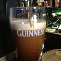 Photo taken at The Fiddler's Elbow - Irish Pub by Krevet on 5/17/2012