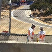 Das Foto wurde bei Mazda Raceway Laguna Seca von Kailah R. am 7/28/2012 aufgenommen