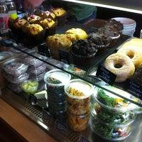 Photo prise au Boréal Coffee Shop par Lauren S. le3/9/2012