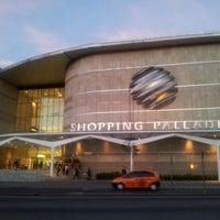 Foto scattata a Shopping Palladium da Igor S. il 7/3/2012