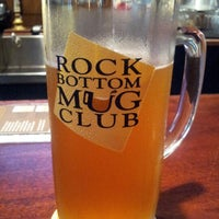 Photo taken at Rock Bottom Restaurant & Brewery by Lolly .. on 8/14/2012