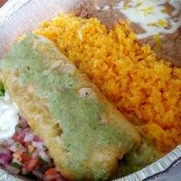 Foto tomada en Border Grill Fresh-Mex por Andres L. el 6/20/2012