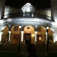 Foto tomada en Bar Inglés - Country Club por Robinson O. el 3/10/2012