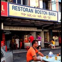 Photo taken at Restoran Boston Baru by Mona W. on 9/1/2012