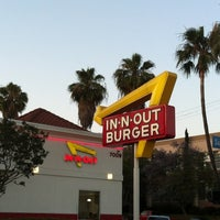 Photo taken at In-N-Out Burger by Bryce on 6/30/2012