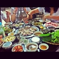 Photo taken at 황소막창 Hwangso Makchang by Tuneyt O. on 9/12/2012