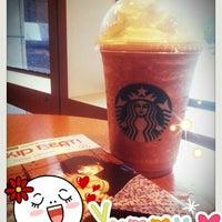 Photo taken at Starbucks by LiTTle P. on 8/21/2012