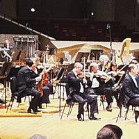 Foto tomada en Boettcher Concert Hall por Rachel B. el 4/22/2012