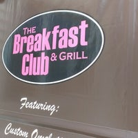 Photo taken at The Breakfast Club & Grill by dj hammurabi on 8/4/2012