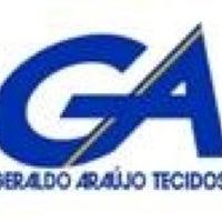 Photo taken at Geraldo Araujo Tecidos by Tamires C. on 8/27/2012
