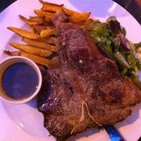 Photo taken at Ring Café & Burger Bar by Richárd K. on 6/3/2012