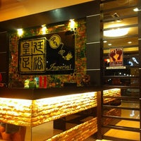Photo taken at 皇廷足浴 Imperial by Hoe K. on 6/9/2012