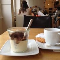 Photo prise au Le Café de la Grande Épicerie par Caroline G. le7/4/2012