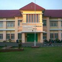 Photo taken at Lapas Klas 1 Makassar by Supriadi E. on 8/13/2012