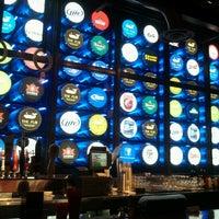 Foto scattata a The Pub at Monte Carlo da Mylene T. il 7/28/2012