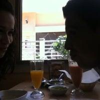 รูปภาพถ่ายที่ Restaurant Ricardos โดย Eva Yolanda D. เมื่อ 6/8/2012