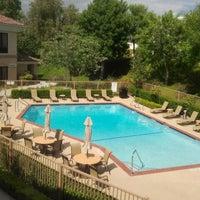 5/25/2012에 Lollita L.님이 Holiday Inn Express & Suites Santa Clarita에서 찍은 사진
