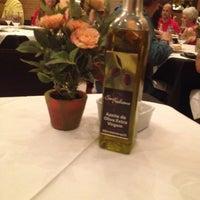 Foto tirada no(a) Maccherone Culinária Italiana por Jack M. em 6/3/2012