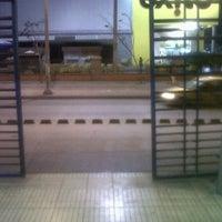 Photo taken at Transmetro Estación Atlántico by Ludovico Q. on 4/17/2012