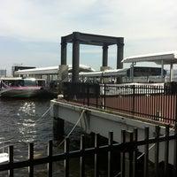Photo taken at 日の出桟橋 水上バス乗り場 by Ayaka S. on 7/11/2012